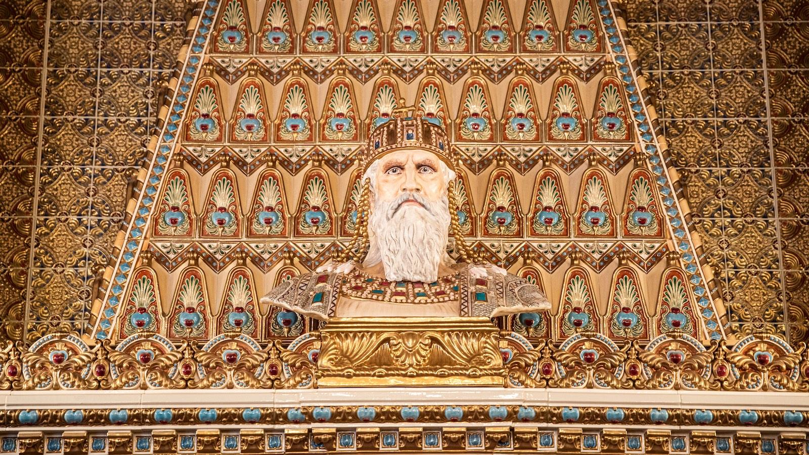 Gyilkos kultúrharcban is sikeres kísérlet – a Szent István-terem nem lett giccs és nem is hiteltelen